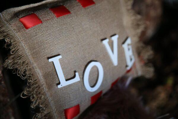 maxilaraki love